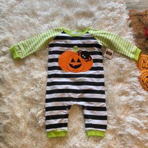 Mud pie baby pumpkin & spider one piece- New, 0-6m